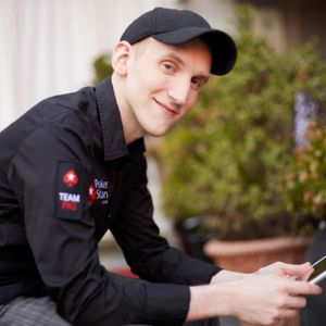 Poker Pro Jason Somerville supports Online Poker Regulation