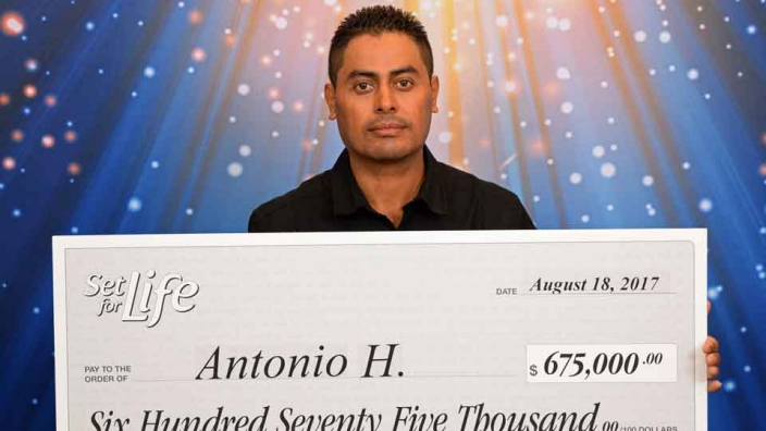 Set for Life Scratch Card Winner Antonio Herrera-Gomez